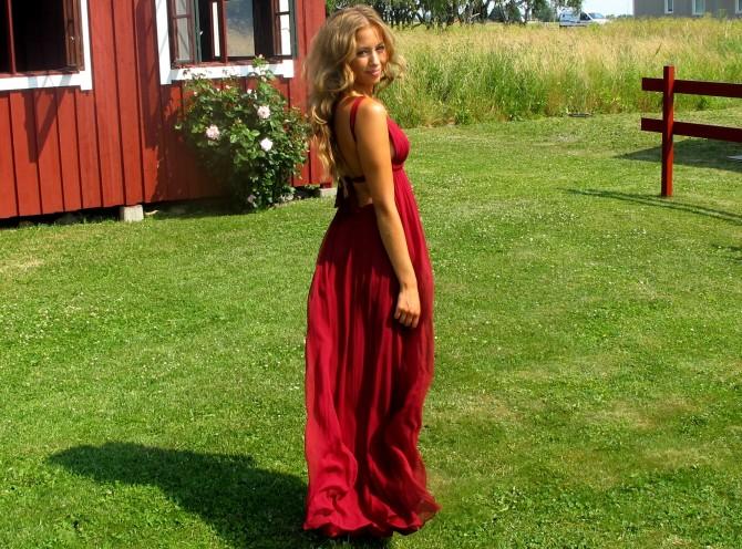 kenza röd klänning