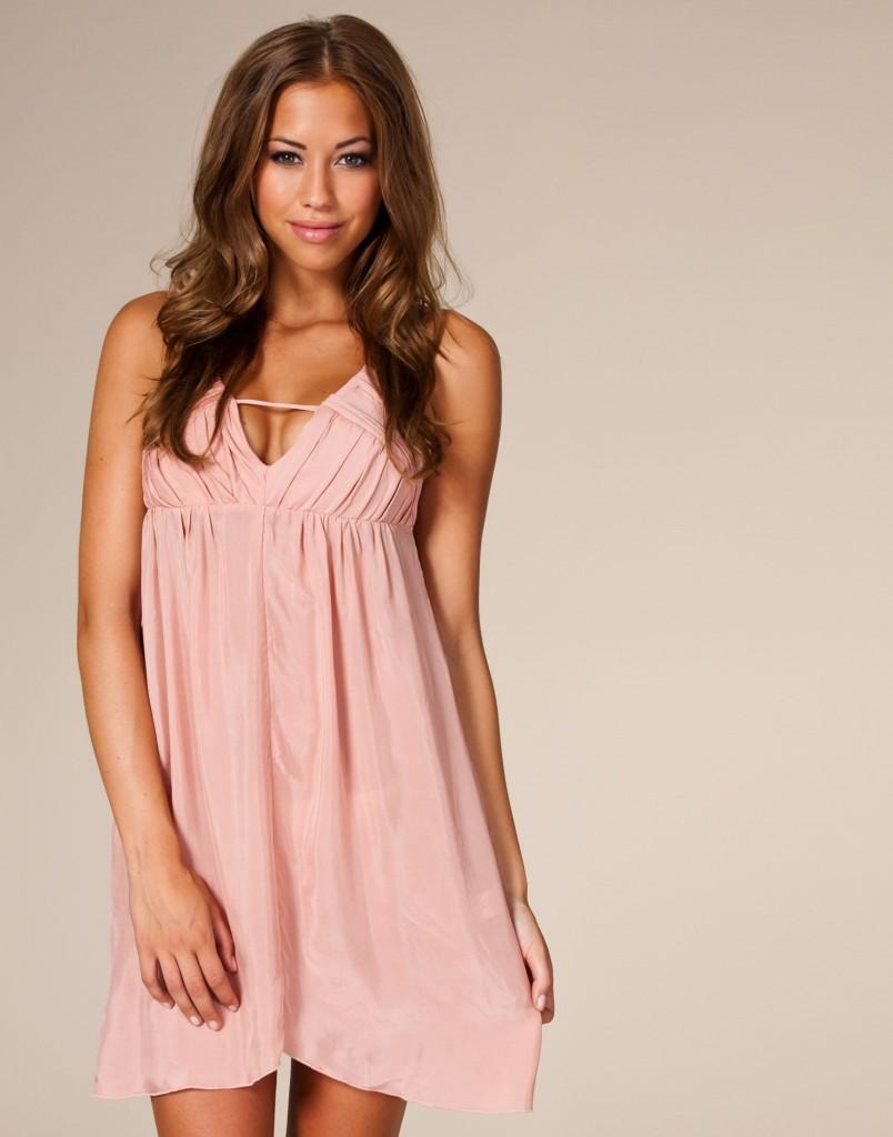 rosa klänning nelly