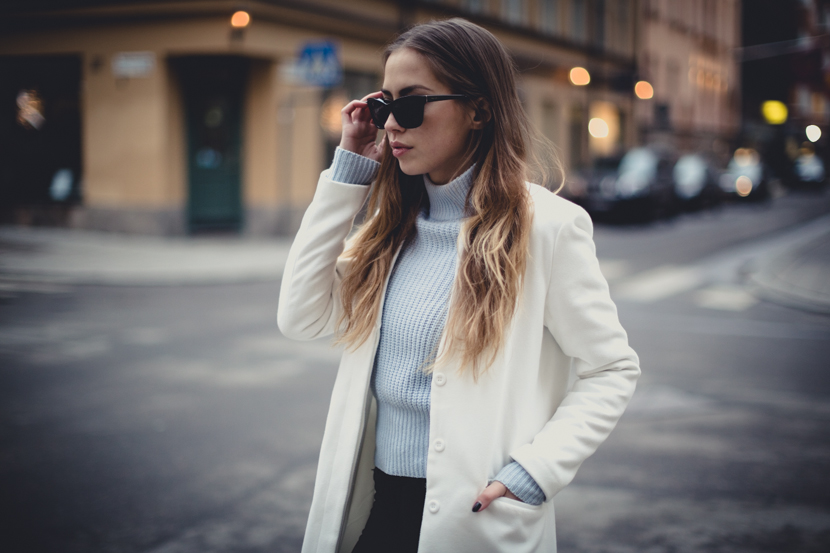 outfit white coat-2