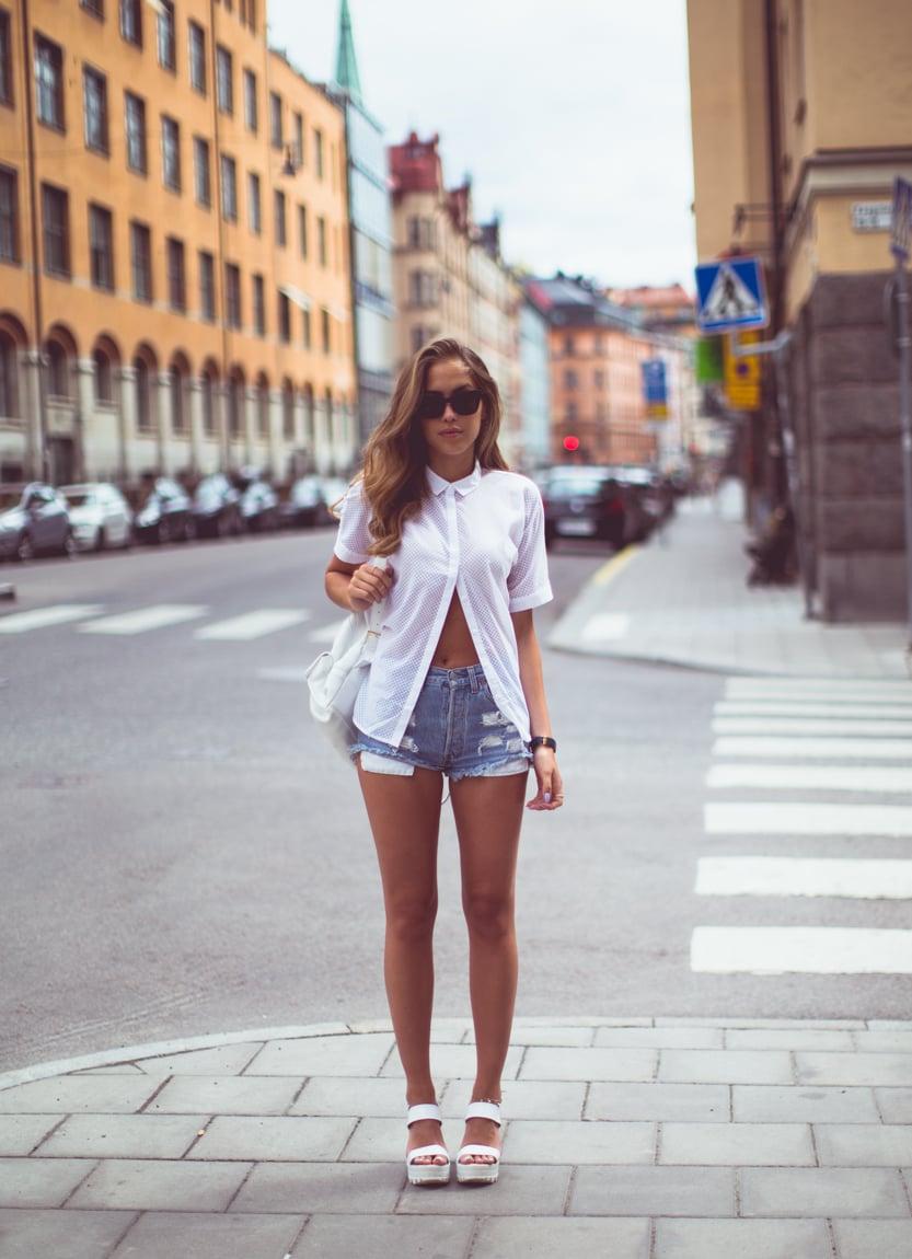 KenzaZouiten_whiteshirt_jeansshorts_st-2