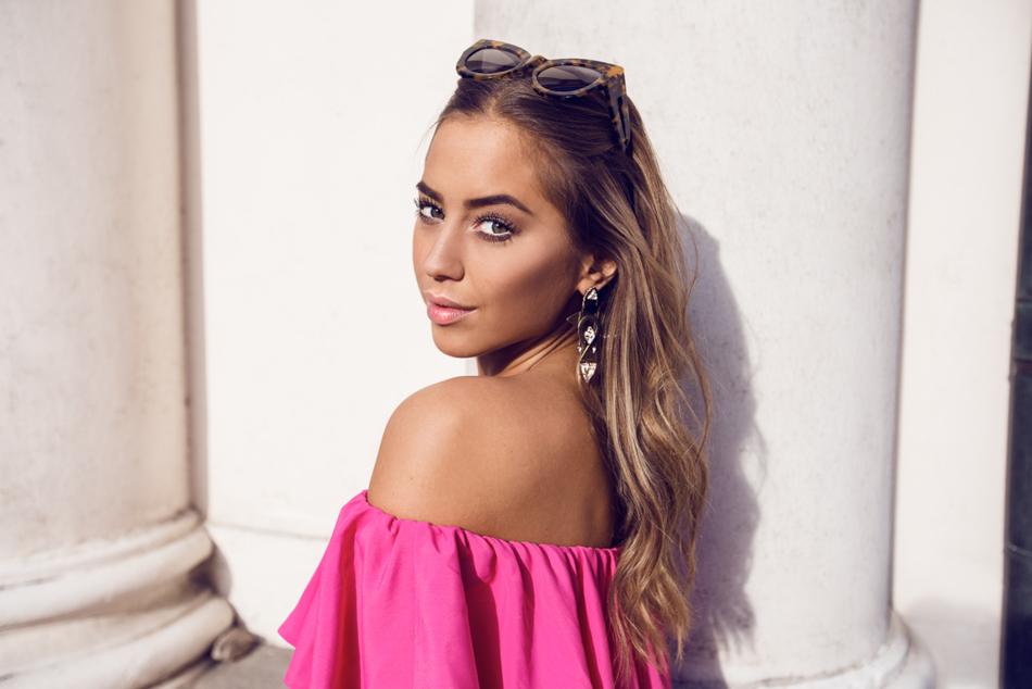 KenzaZouiten_IvyRevel_pinkplaysuit-5