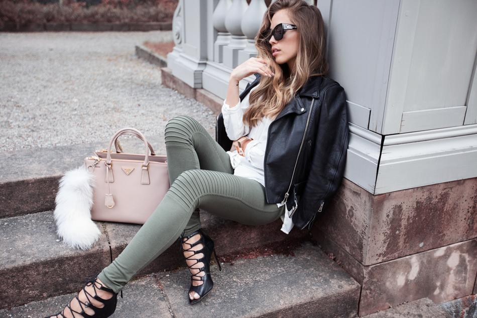KenzaZouiten_MAD_greenpants-4
