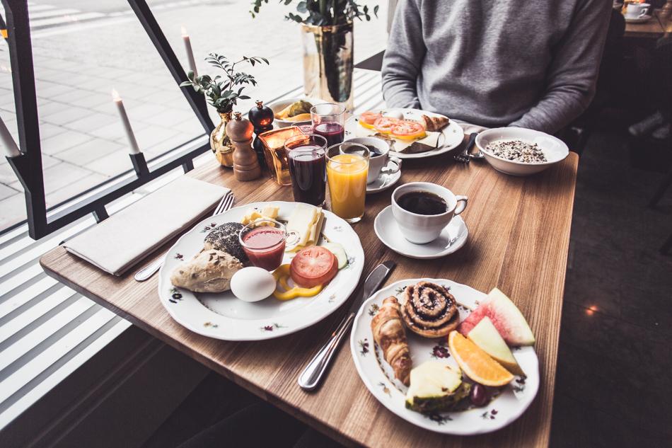 KenzaZouiten_missclara_breakfast-3