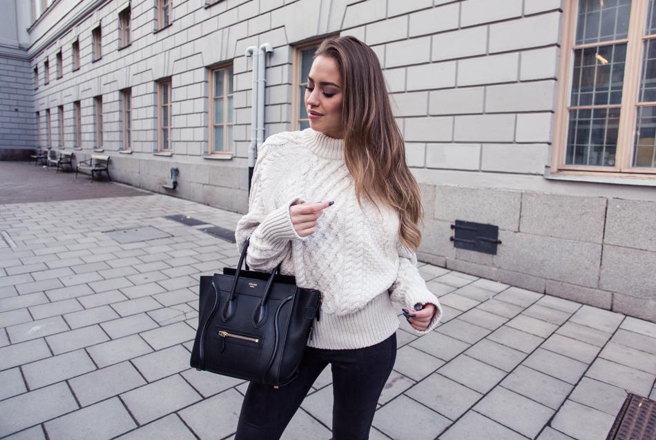 KenzaZouiten_knittedsweater-1