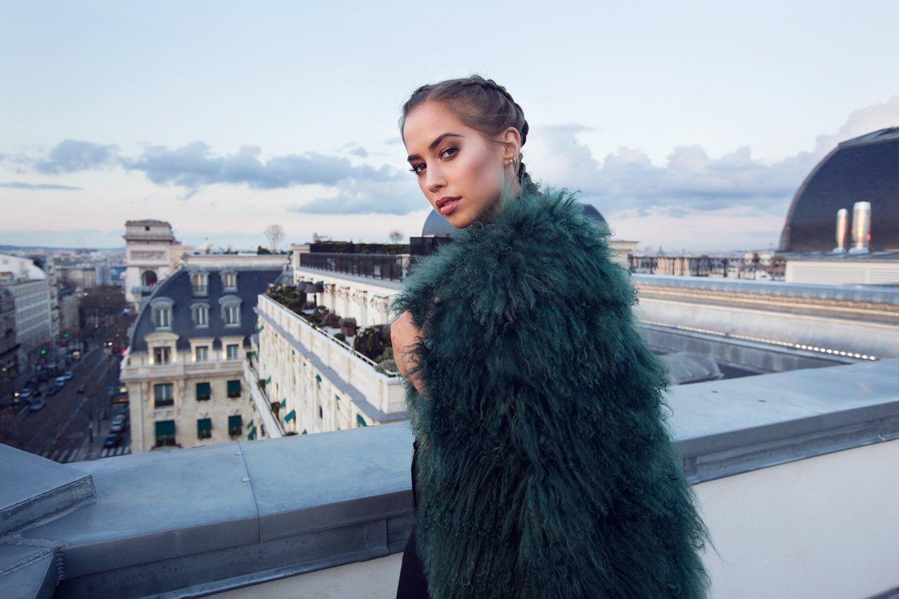 Kenza_Zouiten_Rooftop_Paris_01
