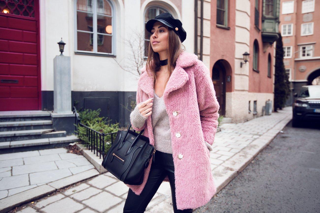 Kenza_Zouiten_Pink_Jacket_03