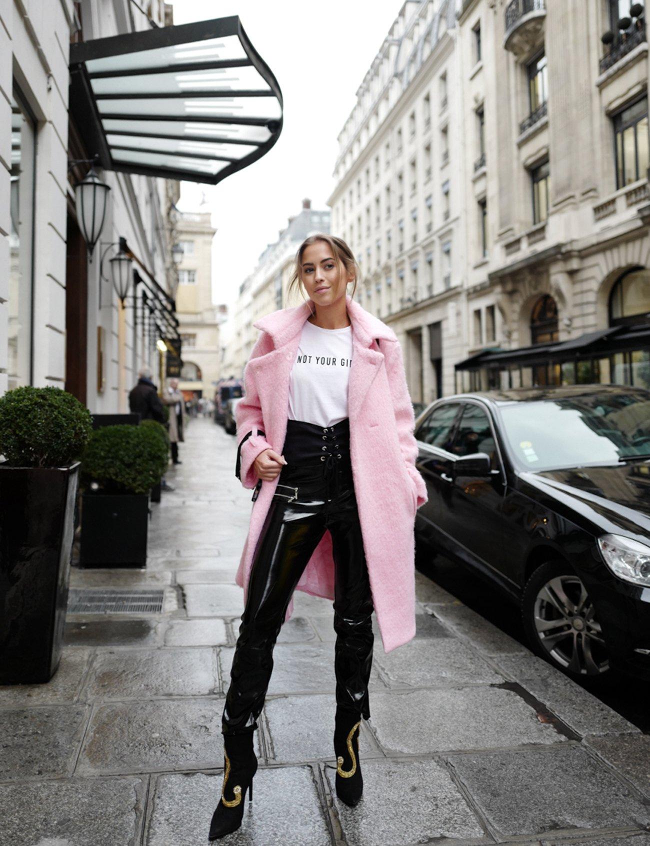 KenzaZouiten_Paris-pink_3